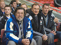 LIVERPOOL, ENGLAND - Thursday, May 14, 2009: All Star's manager Ricky Tomlinson, assistant manager Phil Thompson and Jamie Carragher during the Hillsborough Memorial Charity Game at Anfield. (Photo by David Rawcliffe/Propaganda)