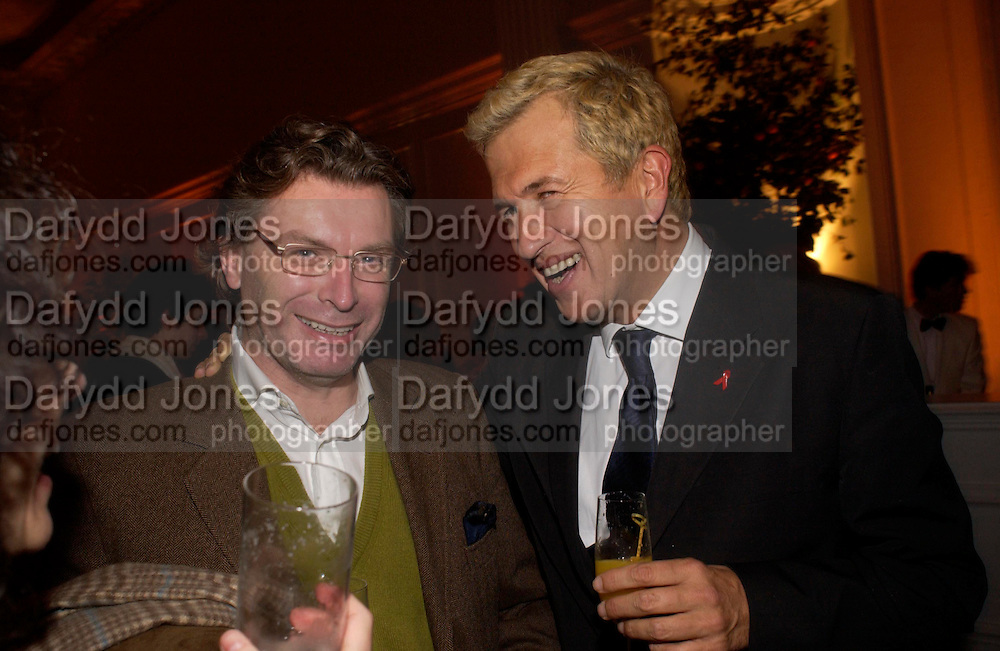 Duncan Ward and Mario Testino, Mario Testino, Bianca Jagger and Kenneth Cole celebrate Women to Women: Positively Speaking. - A publication to raise awareness of women living with Aids. The Orangery, Kensington Palace. 2 December 2004. ONE TIME USE ONLY - DO NOT ARCHIVE  © Copyright Photograph by Dafydd Jones 66 Stockwell Park Rd. London SW9 0DA Tel 020 7733 0108 www.dafjones.com