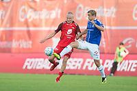 Fotball<br /> 18.08.2018<br /> Eliteserien<br /> Brann Stadion<br /> Brann - Sarpsborg 08<br /> Kristoffer Barmen (L) , Brann<br /> Mikkel Agger (R) , Sarpsborg 08<br /> Foto: Astrid M. Nordhaug