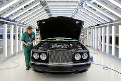 UK ENGLAND CREWE 5APR06 - Workers apply the finishing touches and polish to newly produced Bentley cars at the Bentley Factory in Crewe...jre/Photo by Jiri Rezac..© Jiri Rezac 2006..Contact: +44 (0) 7050 110 417.Mobile:  +44 (0) 7801 337 683.Office:  +44 (0) 20 8968 9635..Email:   jiri@jirirezac.com.Web:    www.jirirezac.com..© All images Jiri Rezac 2006 - All rights reserved.