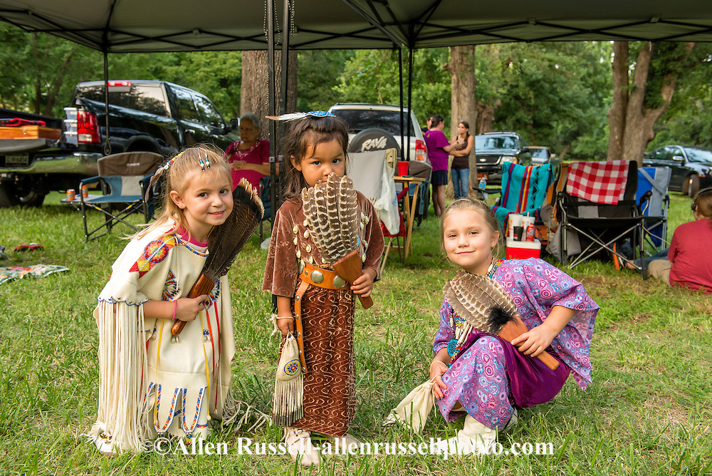 Indian girls Grandaughters of Caddo Nation Vice Chairman Philip ...