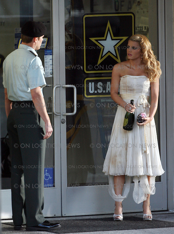 """September 19, 2007 Hollywood, CA Non Exclusive Photo. Jessica Simpson films a scene for """"Major Movie Star"""" Privete Valentine. In the scene she is drunk and wearing a wedding dress. Photo By Eric Ford/ David Buchan/ On Location News 818-613-3955 info@onlocationnnews.com"""
