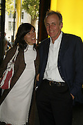 BELLA FREUD AND JAMES FOX,  Private view for three exhibitions, Sixties Fashion, Sixties Graphics and Che Guevara: Revolutionary and Icon. V&A, 5 June 2006. ONE TIME USE ONLY - DO NOT ARCHIVE  © Copyright Photograph by Dafydd Jones 66 Stockwell Park Rd. London SW9 0DA Tel 020 7733 0108 www.dafjones.com