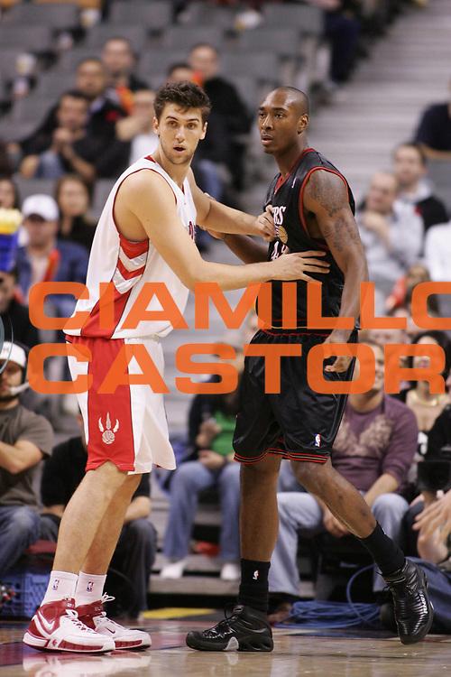 DESCRIZIONE : Toronto Campionato NBA 2006-2007 Toronto Raptors-Philiadelphia 76ers<br /> GIOCATORE : Bargnani Henderson<br /> SQUADRA : Toronto Raptors Philadelphia 76ers<br /> EVENTO : Campionato NBA 2006-2007 <br /> GARA : Toronto Raptors Philadelphia 76ers<br /> DATA : 08/11/2006 <br /> CATEGORIA : <br /> SPORT : Pallacanestro <br /> AUTORE : Agenzia Ciamillo-Castoria/E.Castoria<br /> Galleria : NBA 2006-2007 <br /> Fotonotizia : Toronto Campionato NBA 2006-2007 Toronto Raptors-Philadelphia 76ers<br /> Predefinita :