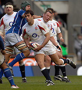 2005 Rugby, Investec Challenge, England vs Manu Samoa, Pat Sanderson, attacks the gap as England beat Samoa 40 points to 3 at the RFU stadium, Twickenham, ENGLAND:     26.11.2005   © Peter Spurrier/Intersport Images - email images@intersport-images..