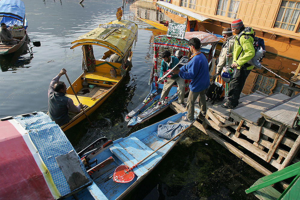 Rider: Phil Meier, Seb Michaud, Baptiste Blanc.Location: Dal Lake at Srinagar (Kashmir India)