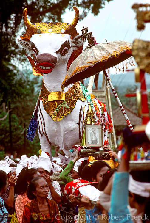 INDONESIA, BALI, FESTIVALS Cremation procession with animals