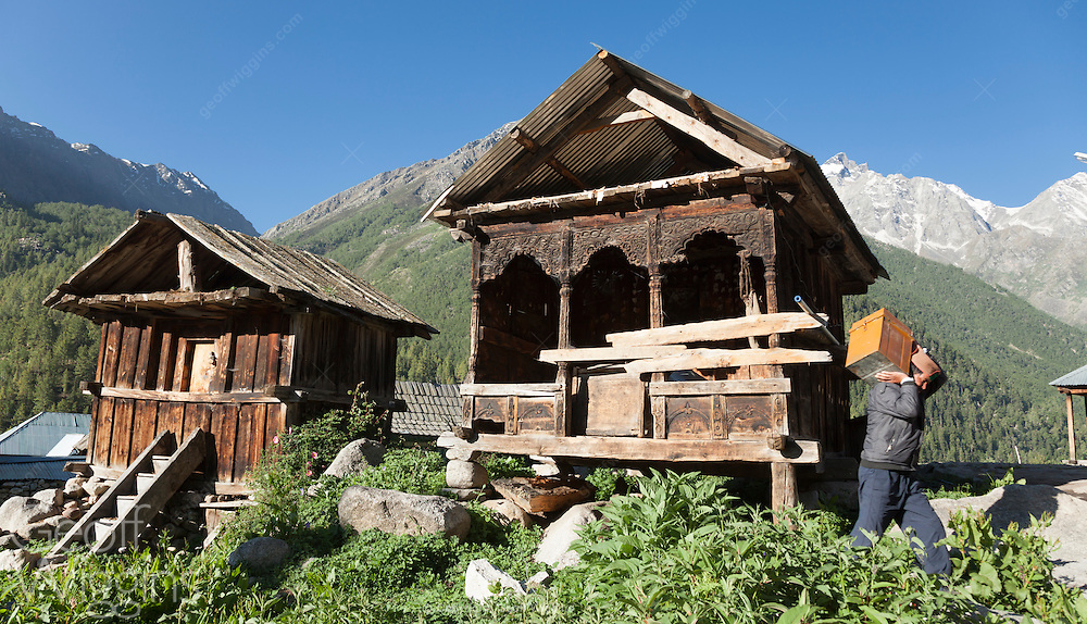 The village of Chitkul at the last inhabited village near the Indo-China border Himachal Pradesh, Northern India
