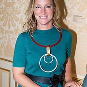 NLD/Den Haag/20180923 - Prinses Margarita exposeert bij Masterly The Hague, Prinses Margarita de Bourbon de Parme met haar juwelen lijn Porcelaine ringen