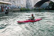 Roma  24 Luglio  2005 .In Canoa sul Tevere.<br /> <br /> Canoeing on the River Tiber