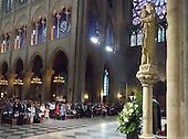 Dr Biden Notre Dame de Paris 300 dpi