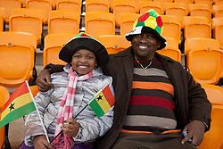 02.07.2010, Soccer City Stadium, Johannesburg, RSA, FIFA WM 2010, Viertelfinale, Uruguay (URU) vs Ghana (GHA) im Bild Fans von Ghana vor dem Spiel, Feature, EXPA Pictures © 2010, PhotoCredit: EXPA/ Sportida/ Vid Ponikvar, ATTENTION! Slovenia OUT