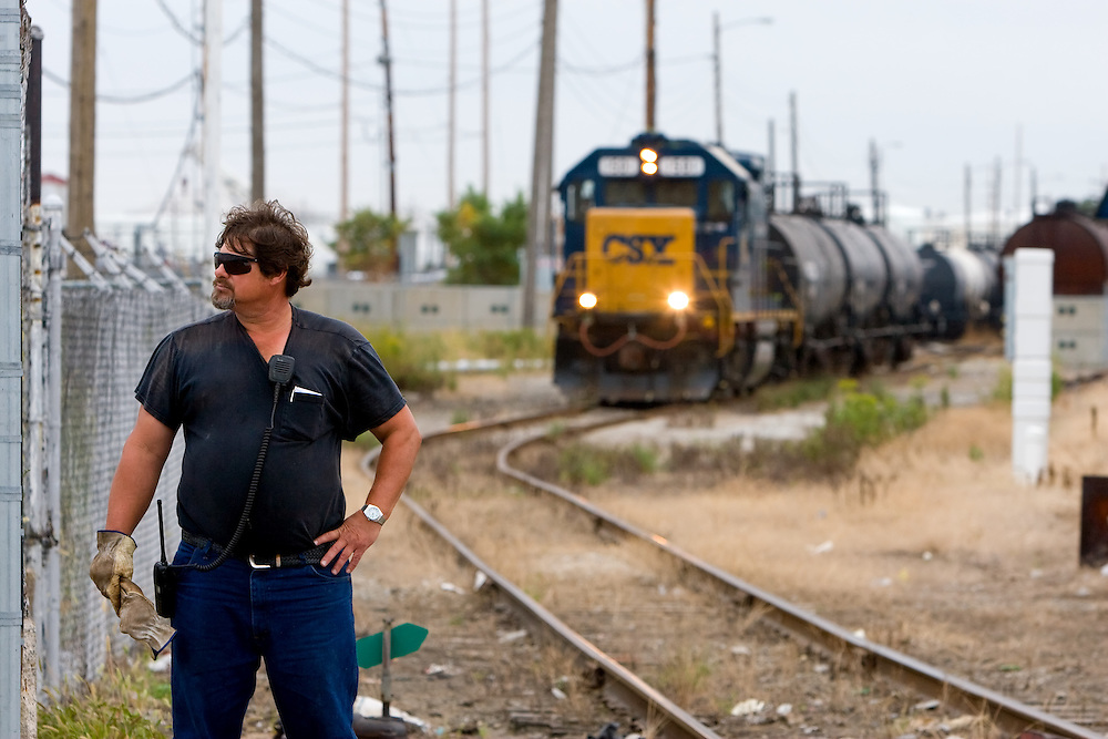 csx freight train conductor