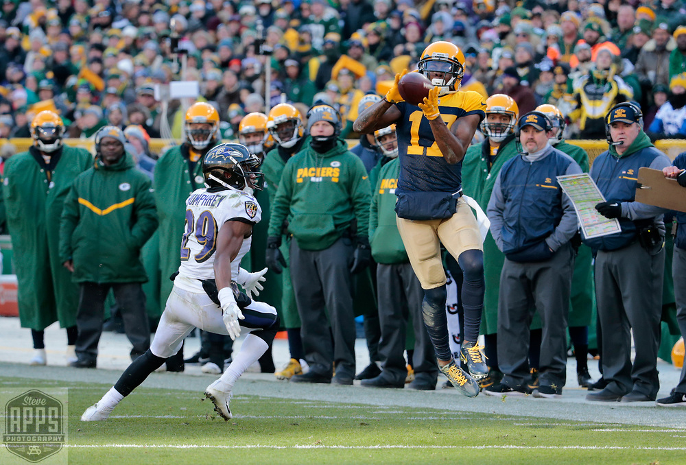 Green Bay Packers wide receiver Davante Adams (17) can't hang on to this 4th quarter pass while defended by Baltimore Ravens defensive back Marlon Humphrey (29).<br /> The Green Bay Packers hosted the Baltimore Ravens at Lambeau Field Sunday, Nov. 19, 2017. The Packers lost 23-0. STEVE APPS FOR THE STATE JOURNAL.