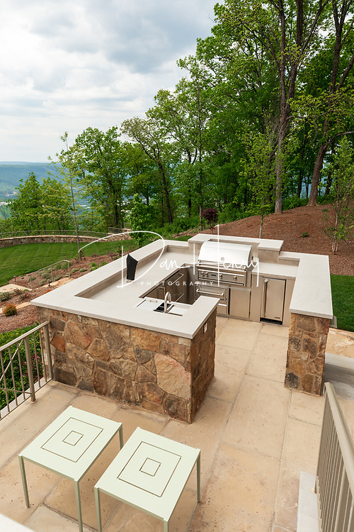 A Lookout Mountain residence by Sterchi Construction. Photo by Dan Henry / DanHenryPhotography.com
