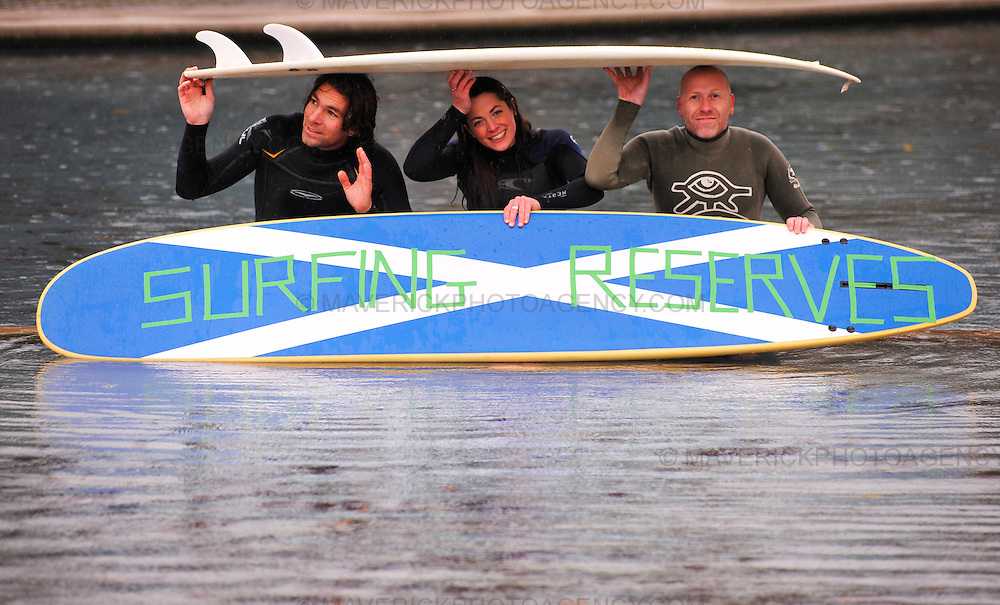 Surfers Against Sewage (SAS) are calling for the Scottish Government to help protect Scottish waves and include Surfing Reserves in the Marine Bill. Surf Reserves would be a dedicated area that is protected for use by the general public and surfing community.  Pictured members from Surfers Against Sewage l to r Andy Cummins, Ruth Curuthers and Rich Hardy campaign outside the Scottish Parliament.