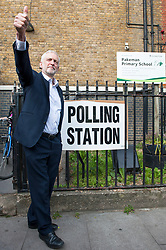 Jeremy Corbyn poses for the press and gives a thumbs up outside Pakeman Primay School, his local polling station after casting his vote in the EU elections..<br /> <br /> Richard Hancox | EEm 23052019