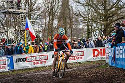 Niels WUBBEN (31,NED), 7th lap at Men UCI CX World Championships - Hoogerheide, The Netherlands - 2nd February 2014 - Photo by Pim Nijland / Peloton Photos