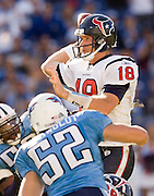 NASHVILLE, TN - OCTOBER 29:  Sage Rosenfels #18 of the Houston Texans throws a pass against the Tennessee Titans at LP Field on October 29, 2006 in Nashville, Tennessee. The Titans defeated the Texans 28 to 22. (Photo by Wesley Hitt/Getty Images)***Local Caption***Sage Rosenfels