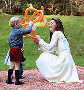 Princess Charlotte, Prince George With Kate & William At Party5