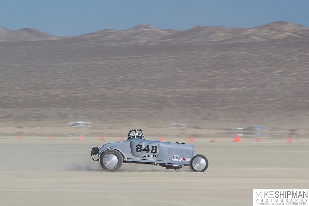 Stuhaan Racing, 848, eng XF, body BSTR, driver George Kipe, 151.908 mph, record 157.365