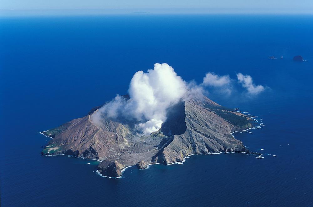 White Island,active volcano,Bay of plenty,North Island,New Zealand