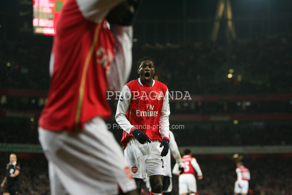 LONDON, ENGLAND - Wednesday, January 31, 2007: Arsenal's Emmanuel Adebayor in action against Tottenham Hotspur during the Football League Cup Semi-Final 2nd Leg at the Emirates Stadium. (Pic by Chris Ratcliffe/Propaganda)