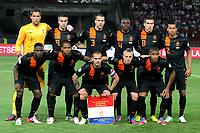 Fotball<br /> Ungarn v Nederland / Holland<br /> VM-kvalifisering<br /> 11.09.2012<br /> Foto: Gepa/Digitalsport<br /> NORWAY ONLY<br /> <br /> FIFA Weltmeisterschaft 2014 in Brasilien, Qualifikation, Ungarn vs Niederlande. <br /> <br /> Bild zeigt die Mannschaft von NED mit Jetro Willems, Jeremain Lens, Wesley Sneijder, Jordy Clasie, Luciano Narsingh (vorne von links); Marten Stekelenburg, Robin van Persie, Ron Vlaar, Bruno Martins, Kevin Strootman, Ricardo van Rhijn (hinten von links/ NED)<br /> Lagbilde Nederland