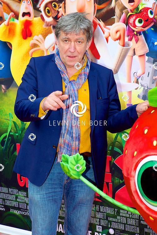 AMSTERDAM - In Pathé ArenA is de film 'Het Regent Gehaktballen 2' in premiere gegaan.  Met op de foto Bartho Braat. FOTO LEVIN DEN BOER - PERSFOTO.NU