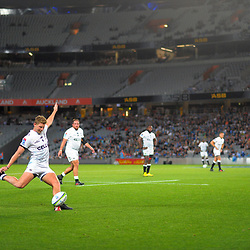 Robert du Preez kicks for goal during the Super Rugby match between the Blues and Sharks at Eden Park in Auckland, New Zealand on Saturday, 31 March 2018. Photo: Dave Lintott / lintottphoto.co.nz