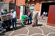 Roma 4 Giugno 2013<br /> La comunità Rom di via Salaria 971 - il centro d'accoglienza del Comune di Roma che ospita circa 350 cittadini rom romeni provenienti dai passati sgomberi dei grandi campi, doveva essere trasferita nella zona di Torre Maura, ma le proteste dei cittadini di Torre Maura ha bloccato il trasferimento.<br /> The Roma community of Via Salaria 971 - the reception center of the City of Rome, which houses about 350 Romanian Roma people from the past evictions  of large fields, had to have  moved into the area of Torre Maura, but the protests of the citizens of Torre Maura has blocked transfer