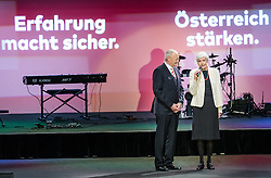 07.04.2016, Congress, Innsbruck, AUT, Wahlkampfauftakt Andreas Khol zur Präsidentschaftswahl 2016, im Bild v.l: Praesidentschaftskandidat Andreas Khol (OeVP) und Heidi Khol // f.l.: Candidate for Presidential Elections Andreas Khol (OeVP) and Heidi Khol during campaign opening according to the austrian presidential elections at the Congress in Innsbruck, Austria on 2016/04/07. EXPA Pictures © 2016, PhotoCredit: EXPA/ Johann Groder