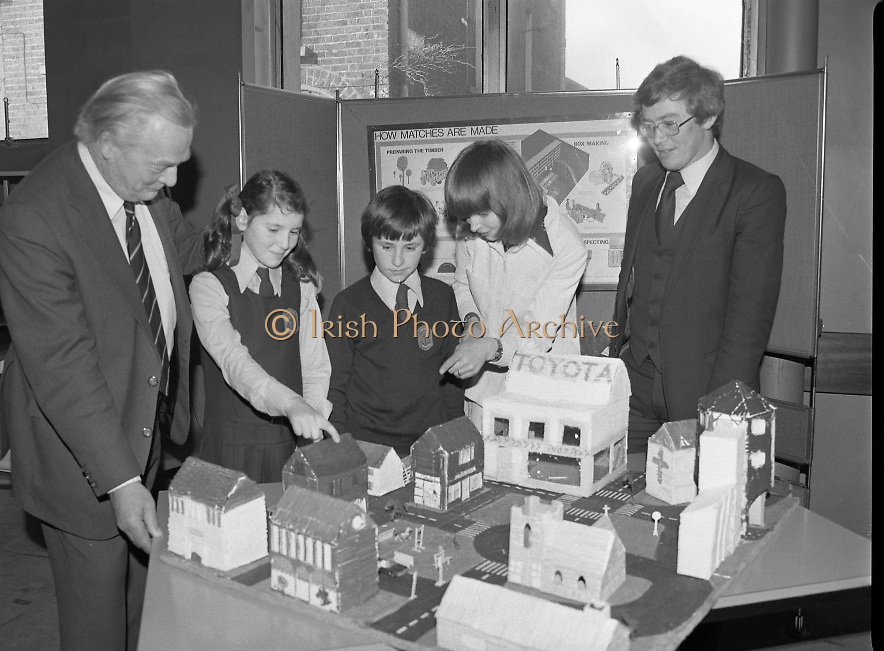 1980-03-07.7th March 1980.07/03/1980.03-07-80..Photographed at Maguire & Paterson, Dublin..Watching the Matching:..From Left:..Alan Buttanshaw, Managing Director of Maguire & Paterson..Sheila Hughes & Rodney Chichignoud, both members of the winning group entry from the 5th and 6th class, St Colmcille's National School, Knocklyon, Templeogue, Dublin..Ruth Buchanan, presenter of RTE's Poparama..Paul Dalton, teacher at St Colmcilles National School......