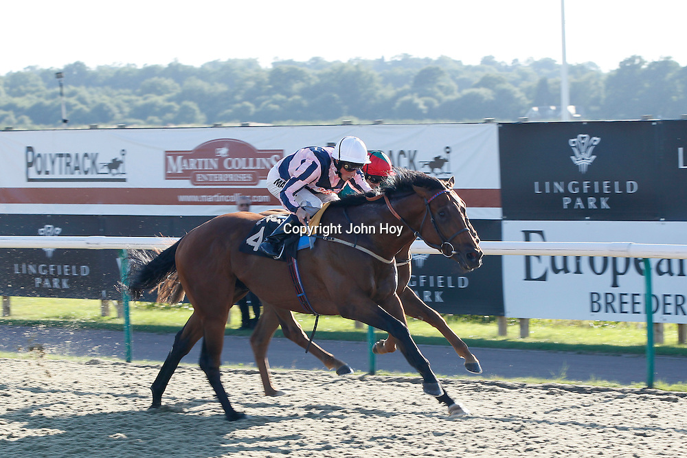 Dragon City and William Buick winning the 5.20 race