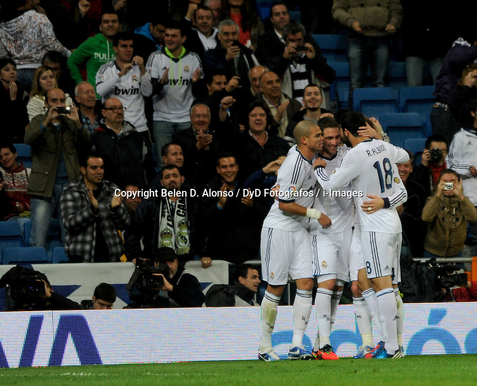 Santiago Bernabeu Stadium. Madrid. Spain. Liga BBVA. Real Madrid 4 vs Zaragoza 0. 1 ZA Roberto, 10 RM ÷zil, November 3, 2012. Photo by Belen D. Alonso / DyD Fotografos / i-Images...SPAIN  OUT