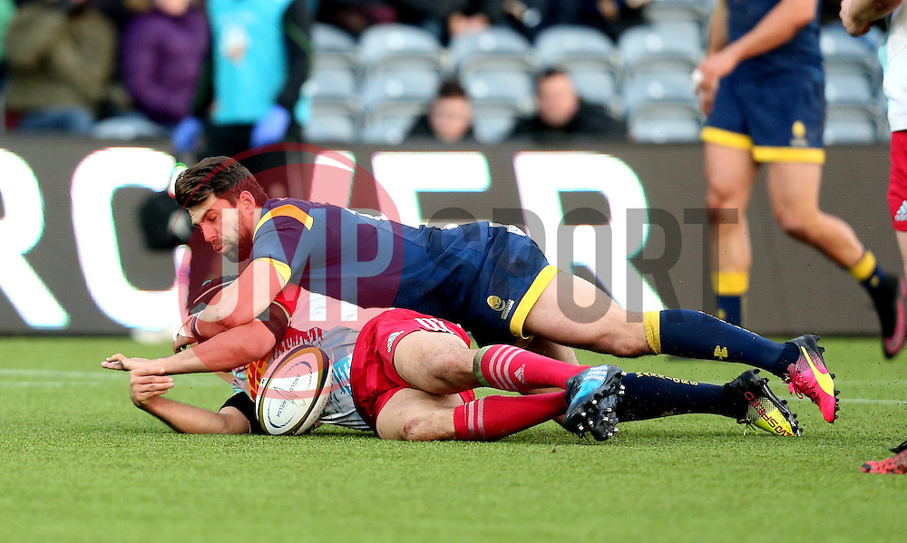 Wynand Olivier of Worcester Warriors makes a tackle on Winston Stanley of Harlequins - Mandatory by-line: Robbie Stephenson/JMP - 28/01/2017 - RUGBY - Sixways Stadium - Worcester, England - Worcester Warriors v Harlequins - Anglo Welsh Cup