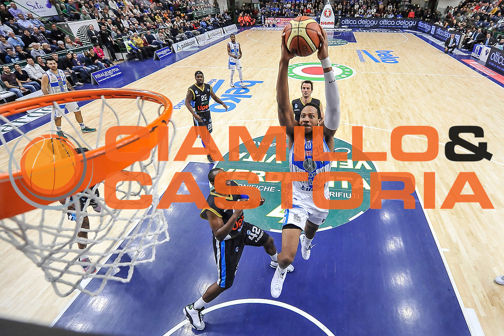 DESCRIZIONE : Campionato 2014/15 Serie A Beko Dinamo Banco di Sardegna Sassari - Upea Capo D'Orlando<br /> GIOCATORE : Kenneth Kadji<br /> CATEGORIA : Schiacciata Sequenza Special<br /> SQUADRA : Dinamo Banco di Sardegna Sassari<br /> EVENTO : LegaBasket Serie A Beko 2014/2015<br /> GARA : Dinamo Banco di Sardegna Sassari - Upea Capo D'Orlando<br /> DATA : 22/03/2015<br /> SPORT : Pallacanestro <br /> AUTORE : Agenzia Ciamillo-Castoria/L.Canu<br /> Galleria : LegaBasket Serie A Beko 2014/2015