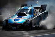 April 22-24, 2016: NHRA 4 Wide Nationals: Funny car burnout