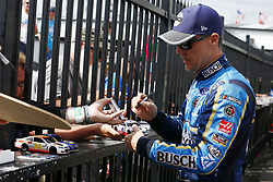 June 1, 2018 - Long Pond, Pennsylvania, United States of America - Kevin Harvick (4) signs autographs for fans before qualifying for the Pocono 400 at Pocono Raceway in Long Pond, Pennsylvania. (Credit Image: © Chris Owens Asp Inc/ASP via ZUMA Wire)