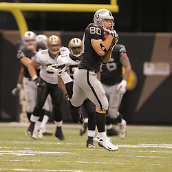 2008 October, 12: Oakland Raiders tight end Zach Miller (80) in action during a week six regular season game between the Oakland Raiders and the New Orleans Saints at the Louisiana Superdome in New Orleans, LA.