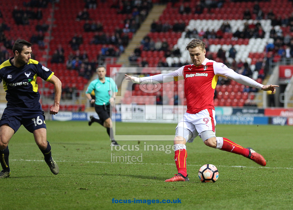 Danny Ward (right) of Rotherham United shoots as Phil Edwards (left) of Oxford United closes him down during the third round of the FA Cup at the New York Stadium, Rotherham<br /> Picture by James Wilson/Focus Images Ltd 07709 548263<br /> 07/01/2017