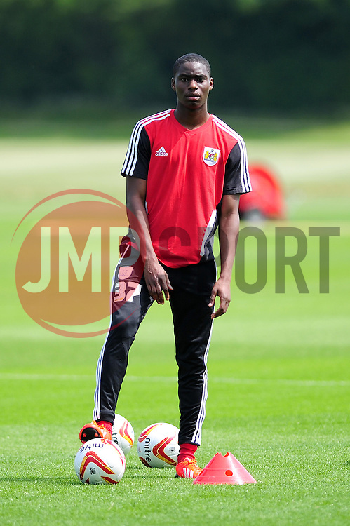 Bristol City's Jordan Wynter - Photo mandatory by-line: Dougie Allward/JMP - Tel: Mobile: 07966 386802 28/06/2013 - SPORT - FOOTBALL - Bristol -  Bristol City - Pre Season Training - Npower League One