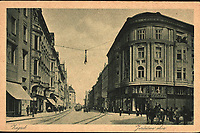 Zagreb : Jurišićeva ulica. <br /> <br /> ImpresumZagreb : Naklada Rudolf Polaček, [između 1925 i 1930].<br /> Materijalni opis1 razglednica : tisak ; 9,1 x 13,9 cm.<br /> NakladnikRudolf Polaček<br /> Mjesto izdavanjaZagreb<br /> Vrstavizualna građa • razglednice<br /> ZbirkaGrafička zbirka NSK • Zbirka razglednica<br /> Formatimage/jpeg<br /> PredmetZagreb –– Jurišićeva ulica<br /> SignaturaRZG-JURIS-11<br /> Obuhvat(vremenski)20. stoljeće<br /> NapomenaRazglednica nije putovala.<br /> PravaJavno dobro<br /> Identifikatori000954864<br /> NBN.HRNBN: urn:nbn:hr:238:295240 <br /> <br /> Izvor: Digitalne zbirke Nacionalne i sveučilišne knjižnice u Zagrebu