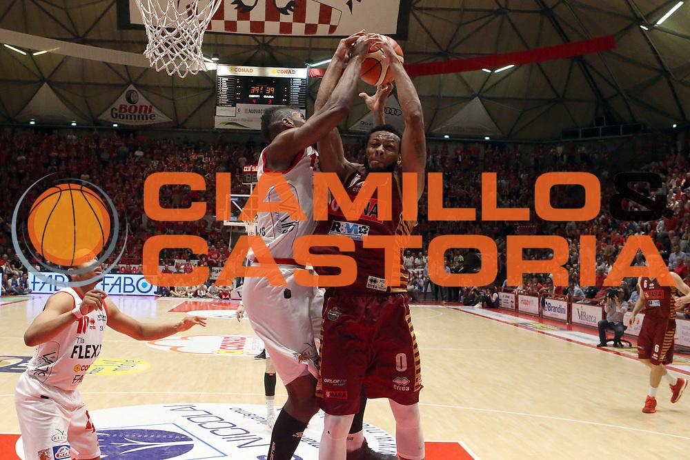 MarQuez Haynes<br /> The Flexx Pistoia Umana Reyer Venezia<br /> Lega Basket Serie A 2016/2017<br /> Playoff Quarti di finale Gara 4<br /> Pistoia 19/05/2017<br /> Foto Ciamillo-Castoria