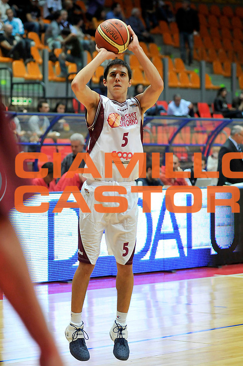 DESCRIZIONE : Livorno Lega A2 2008-09 Basket Livorno Vanoli Soresina<br /> GIOCATORE : Saccaggi Andrea<br /> SQUADRA : Basket Livorno<br /> EVENTO : Campionato Lega A2 2008-2009<br /> GARA : Basket Livorno Vanoli Soresina<br /> DATA : 05/10/2008<br /> CATEGORIA : Tiro<br /> SPORT : Pallacanestro<br /> AUTORE : Agenzia Ciamillo-Castoria/Stefano D'Errico