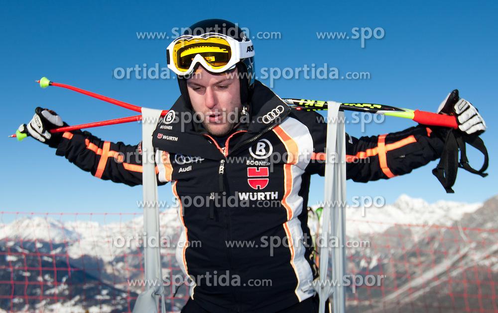 27.12.2011, Pista Stelvio, Bormio, ITA, FIS Weltcup Ski Alpin, Herren, Abfahrt, 1. Training, im Bild Stephan Keppler (GER) beim aufwärmen // Stephan Keppler of Germany warm up at start before first practice session downhill of FIS Ski Alpine World Cup at 'Pista Stelvio' in Bormio, Italy on 2011/12/27. EXPA Pictures © 2011, PhotoCredit: EXPA/ Johann Groder