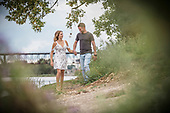 Stephanie & Kyle, engagement session at RiverBluffs Park, Cambridge