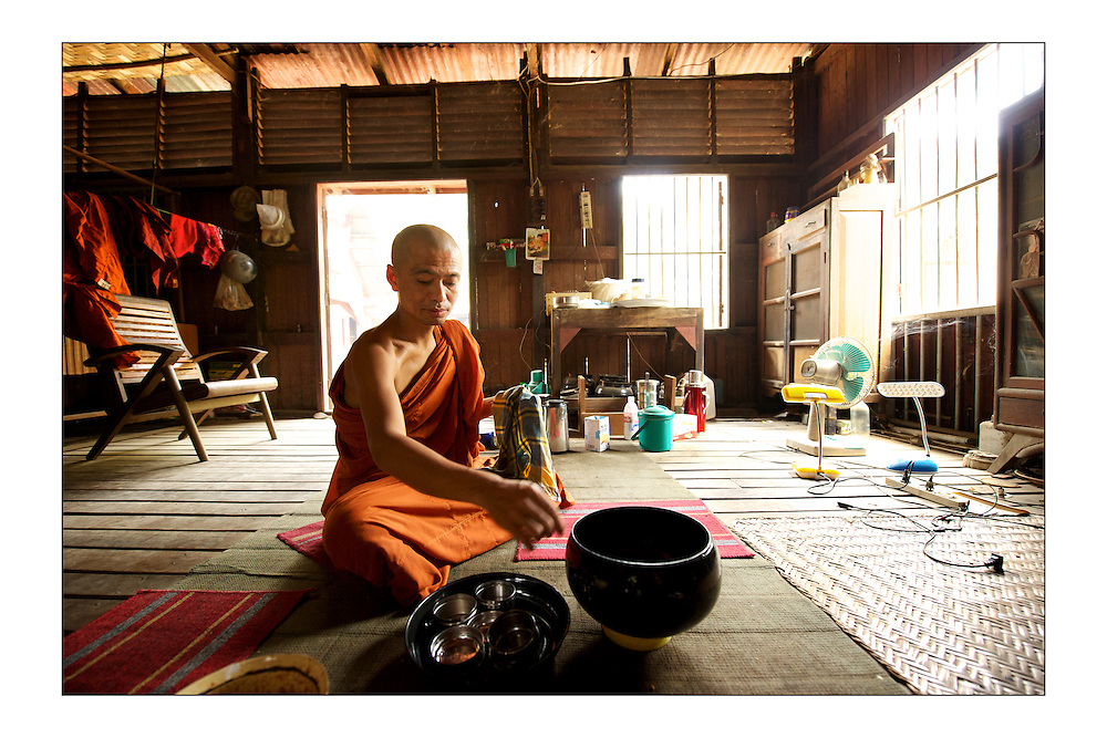 LARGE version - 12&quot;X8&quot; (30X20 cm) <br /> A monk cleans his bowl after eating his lunch. A set of special edition prints on offer at a special price to raise money for the earthquakes that devastated Central Italy and Central Myanmar at the end of August 2016. Each print comes with a wide border on fine-art paper ready to be framed on standard size mounts. <br /> I will donate all profits to charities helping the victims of the earthquakes.