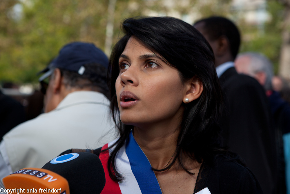 &lsquo;Not in my name&rsquo;, french protest to denounce ISIS beheadings, Paris, France, Mrs. Samia BADAT-KARAM <br /> Deputy Mayor in charge of fund schools, Paris 75016