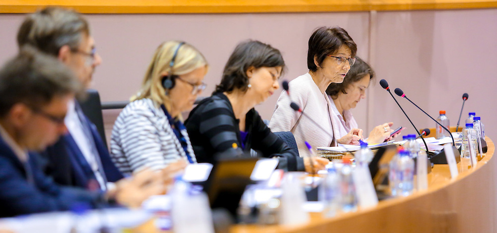 Joint meeting with the Committee on Economic and Monetary Affairs and  the Committee on Employment and Social Affairs.<br /> Economic Dialogue and discussion on the 2016 European Semester - Country-specific recommendations
